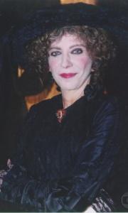 Marília Pêra como Maria Monforte